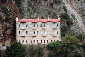 2steps_monasteries_panagia_prousiotissa_prousos_karpenisi_evritania_003